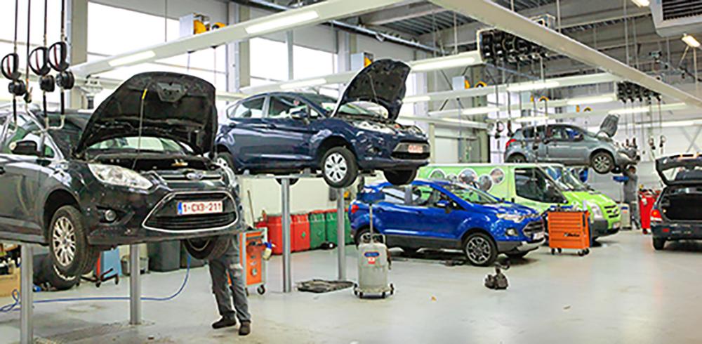 <p>Gezamenlijke werkplaatsen voor Ford en Hyundai personen- en bestelwagens.</p>
