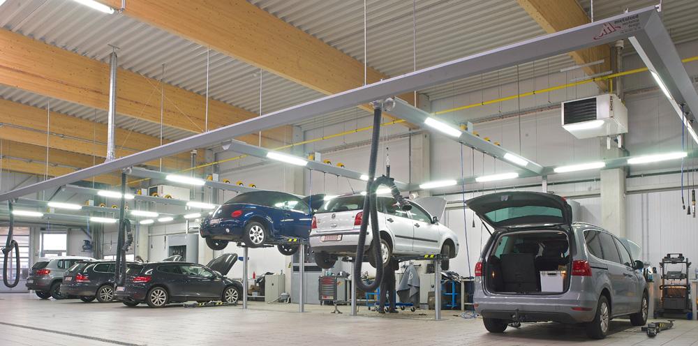 <p>In het totaal werden er twaalf Autop Masterlift Saa 2.30 tweelinghefbruggen met zwenkarmopname geïnstalleerd. <br />Zowel de friesconstructies met hun uitrusting, als de productverdeelkasten zijn het werk van Workshop Design.</p>