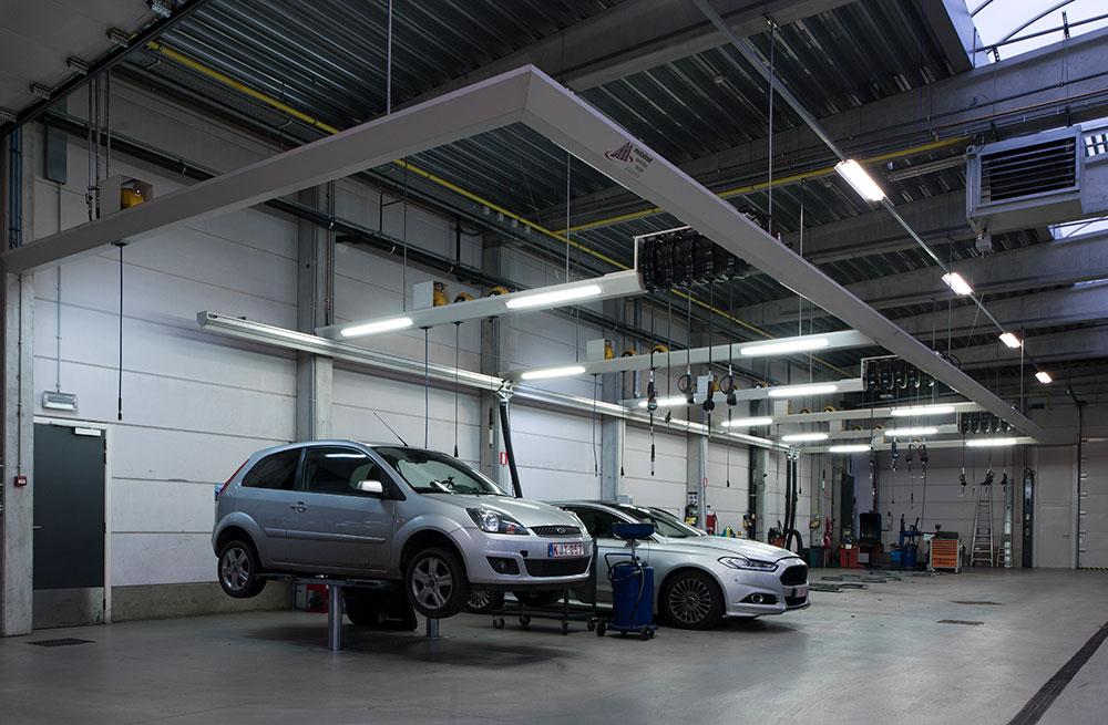 <p>Friesconstructies zorgen voor:<br />⇒ energiezuinige LED verlichting op de arbeidsplek en<br />⇒ producten en energie binnen handbereik.</p>