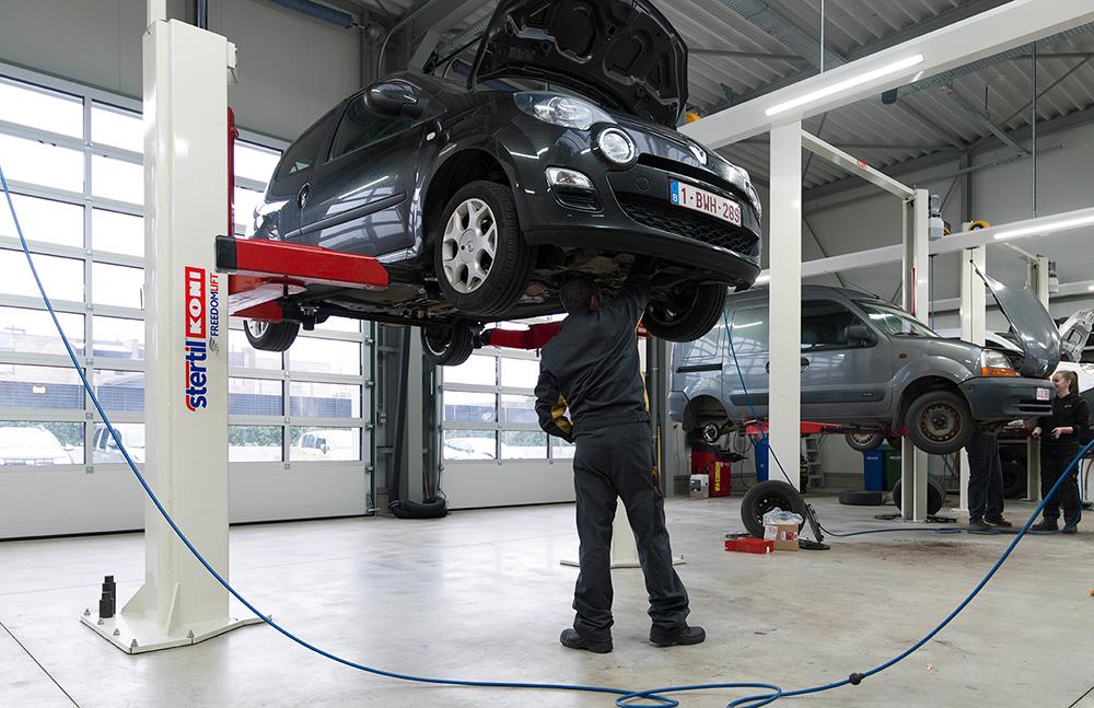 <p>Op 5,5 T <strong>Freedom Liften vanStertil Koni</strong>passen zowel personen- als volumineuse bestelwagens.</p>