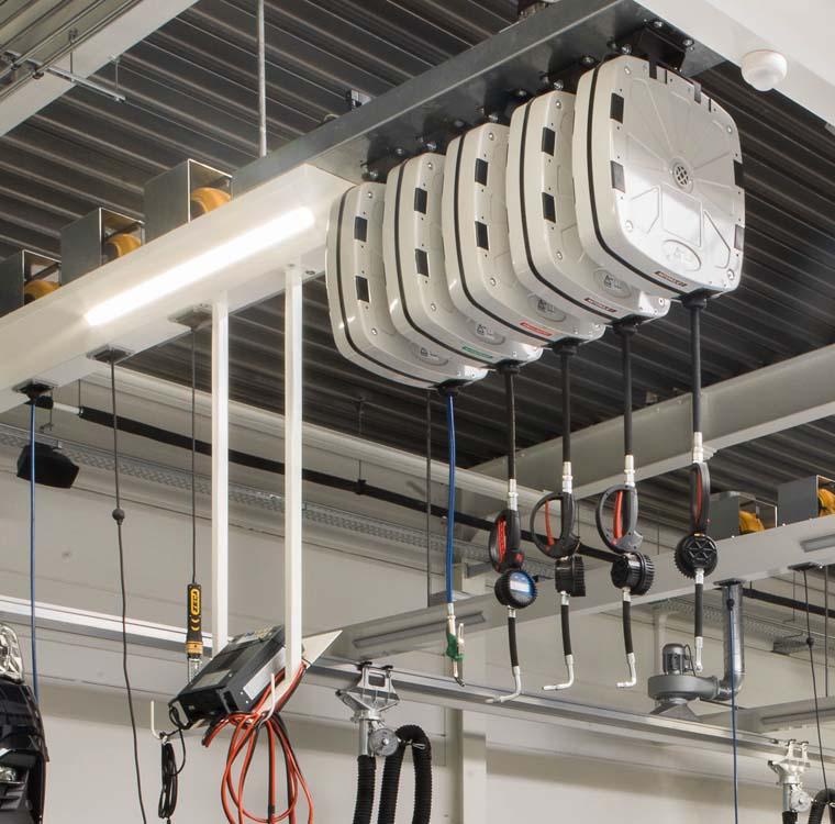 <p>Elke technieker beschikt over een perfect verlichtte werkplaats alsook producten, energie en laadstroom binnen handbereik.</p>